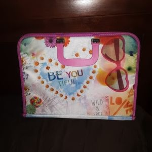 💝. Girls art portfolio Carry case